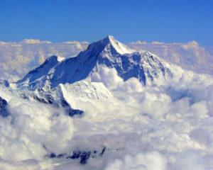 Heartbreaking-Accident-in-Mount-Everest3